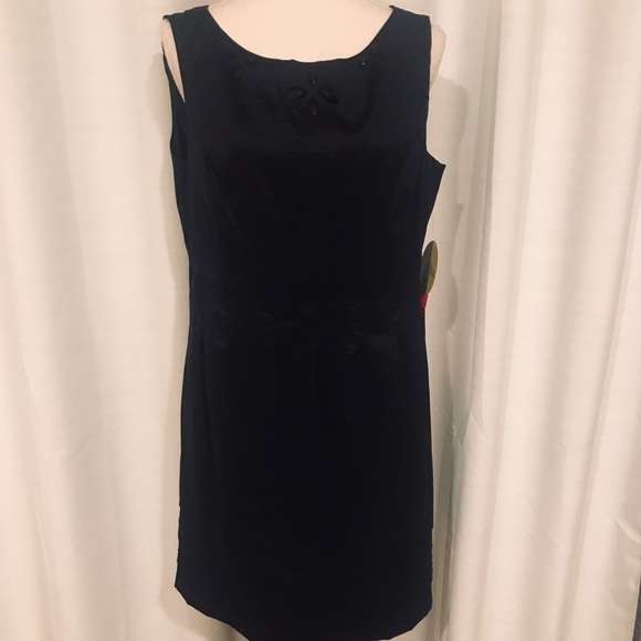 Emma & Michelle Dresses & Skirts - NWT Emma and Michelle little black dress 14